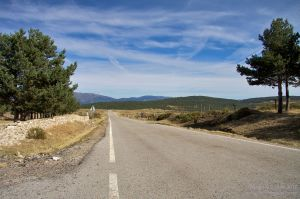 Carretera entre Miraflores y Rascafría