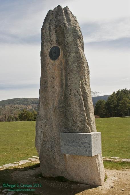 Monumento a la Guardería Forestal. Mirador de los Robledos. Valle del Lozoya.